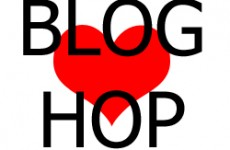 love blog hop button