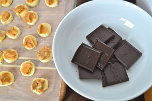 Break up a 4-ounce dark chocolate bar into squares. Look for chocolate that is at least 70% or greater cacao.